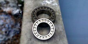 bearing-296561_640