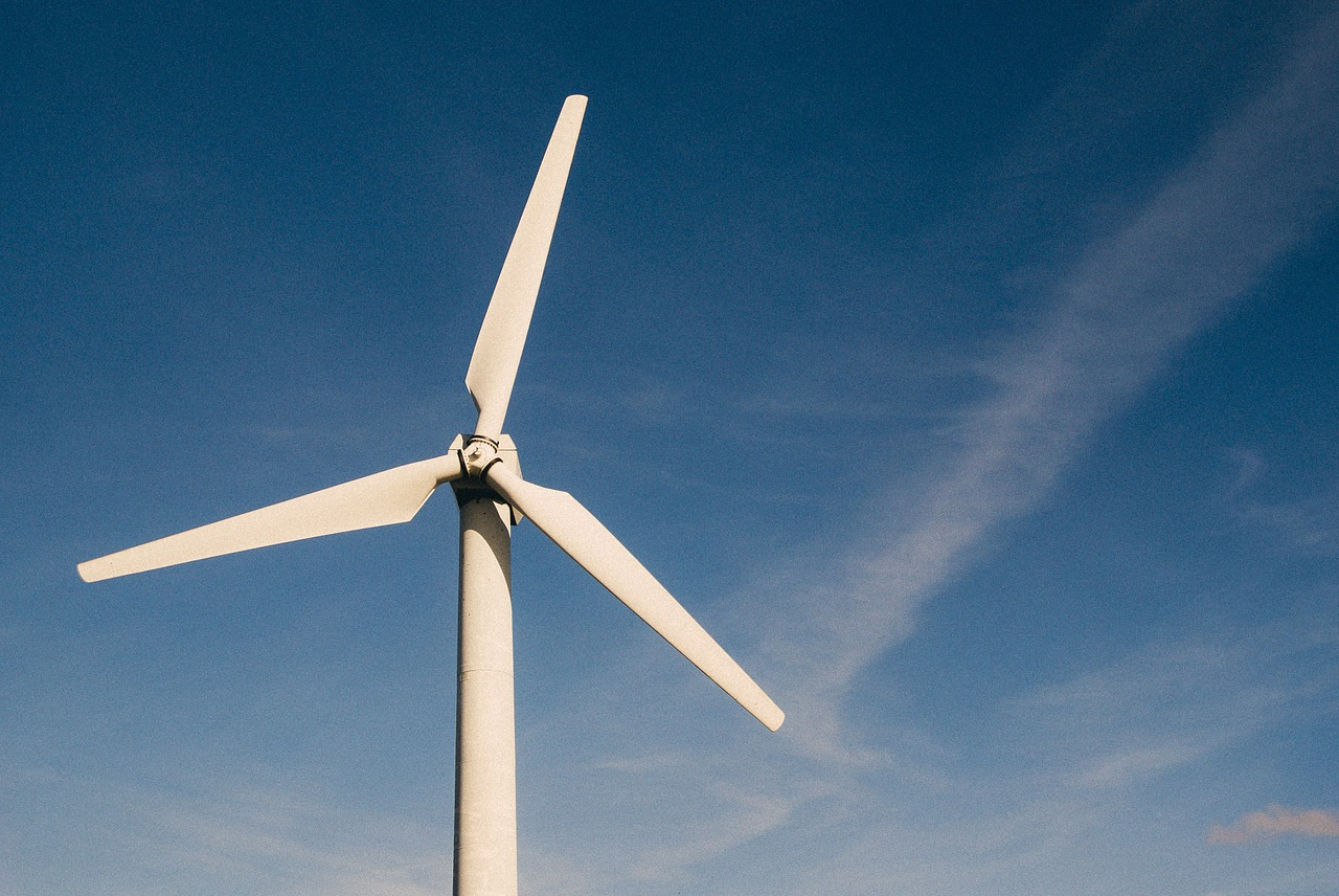 Will wind turbine technology really become bladeless and void of